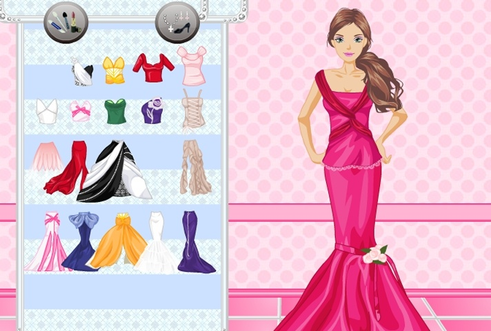 Barbie Queen Dressup Makeover Game